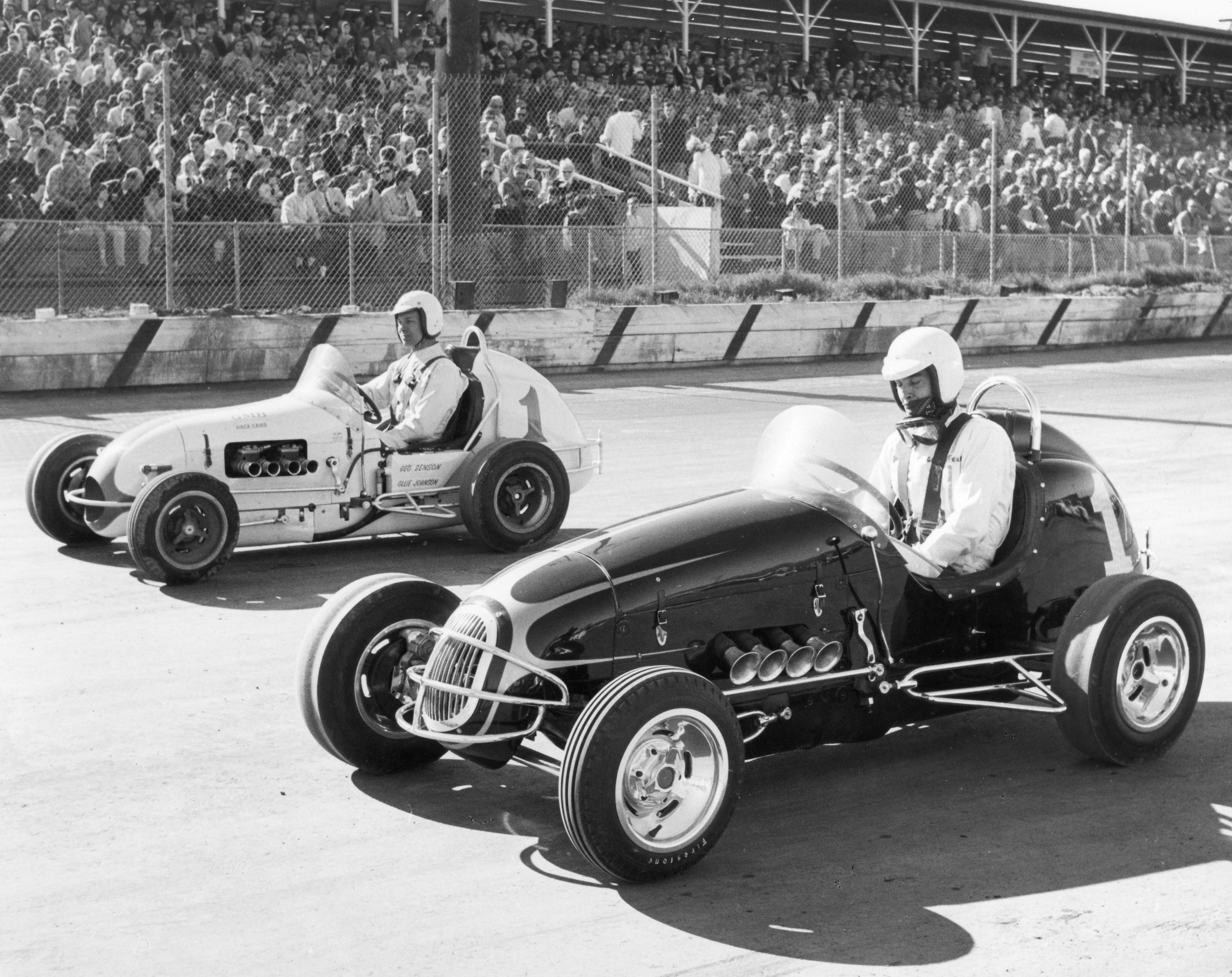 13 1967 #1 G. Benson, #1 B. Vukovitch Line up for Trophy Dash  San Jose Speedway