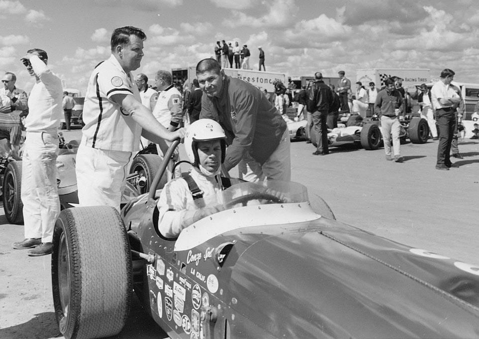 28 1968 G.Benson V.Conze Roadster Hanford Speedway