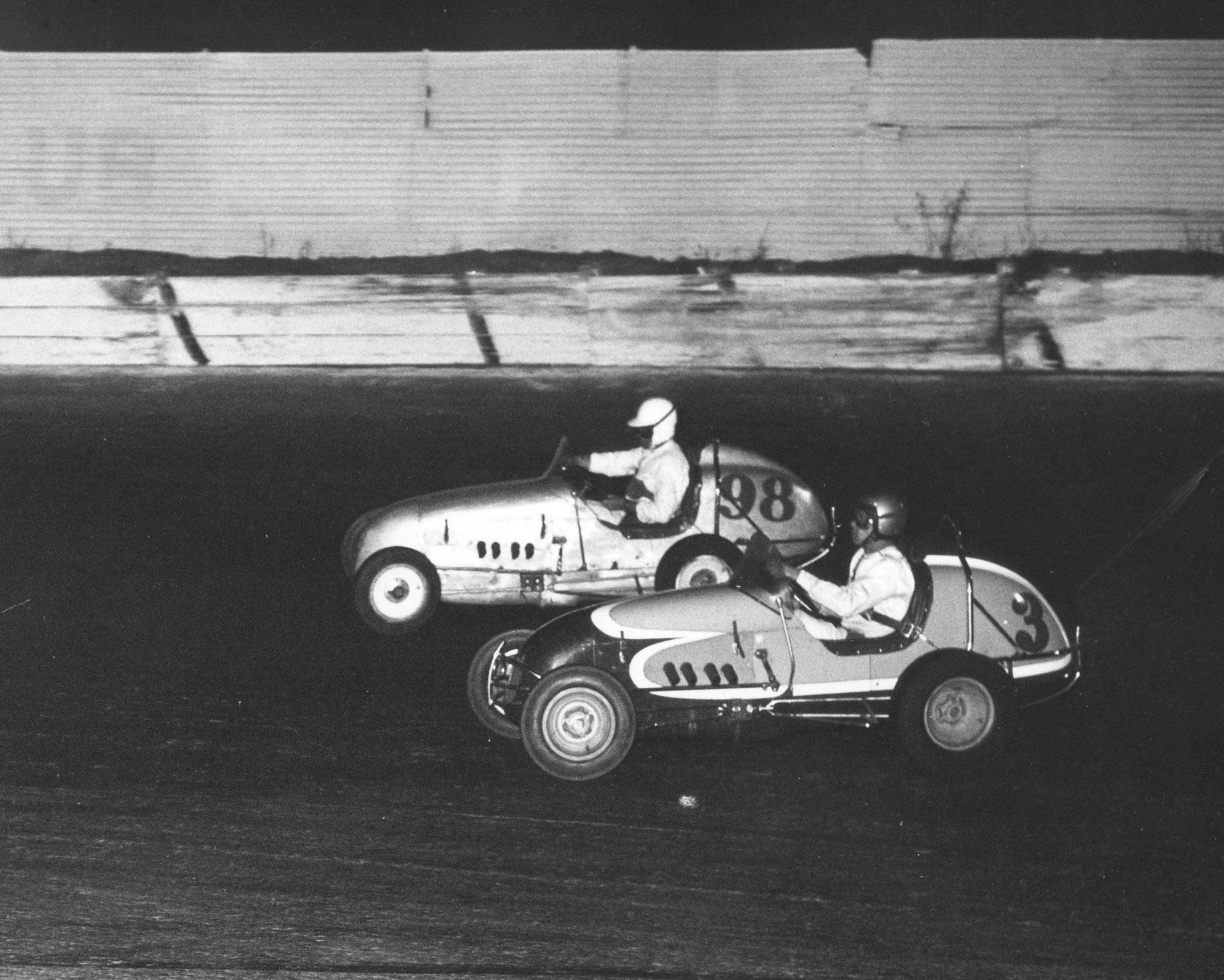 8  1961 #98 J. Baldwin, #3 G.Benson in M. Goff Offy, for the lead in the Little Indy San Jose Speedway
