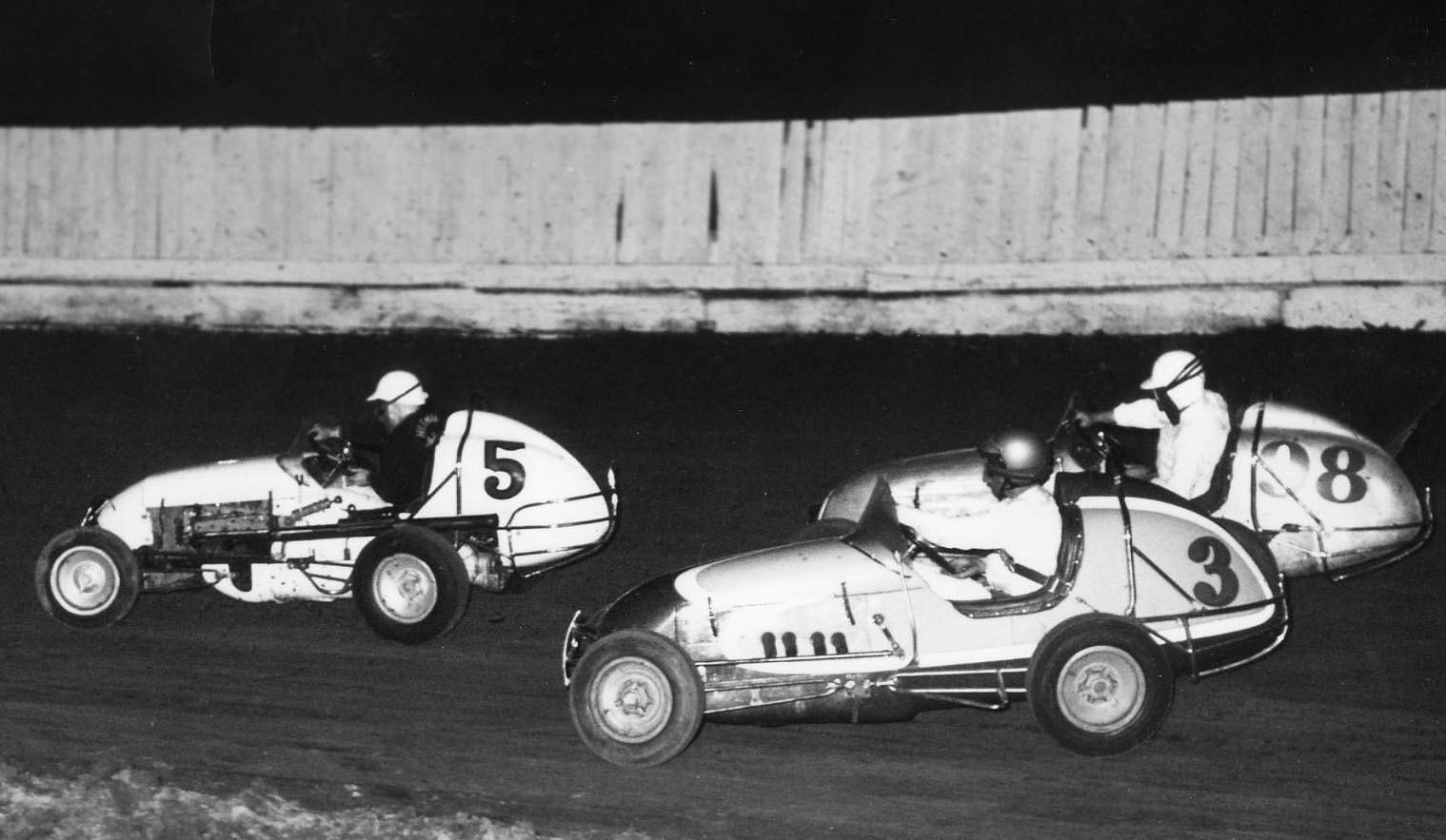 9 1961 #5 D. Hileman, #98 J. Baldwin, #3 G. Benson  M. Goff Offy  Capitol Speedway.